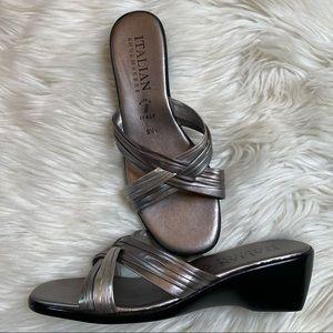 Women's Italian Shoemakers Heeled Sandals size 9.5